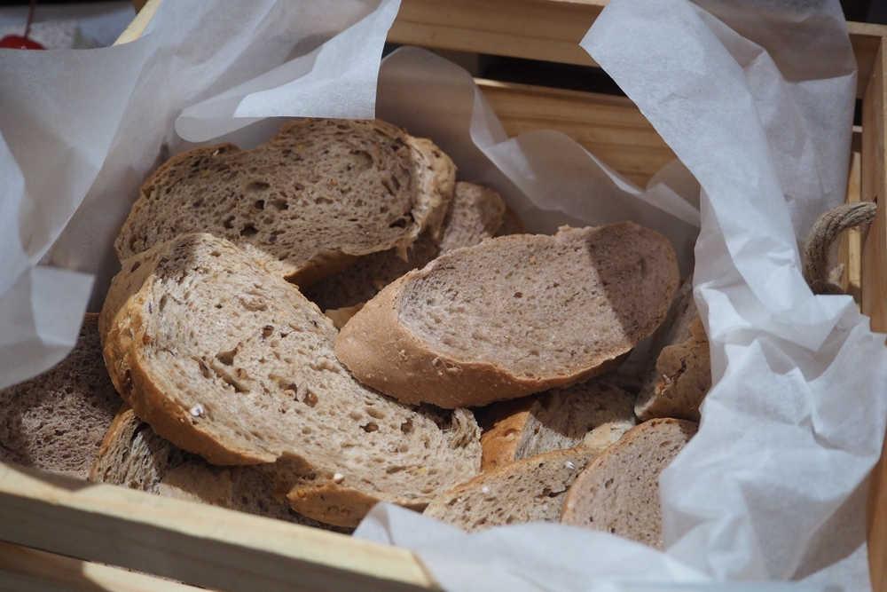 diyette ekmegin faydalari